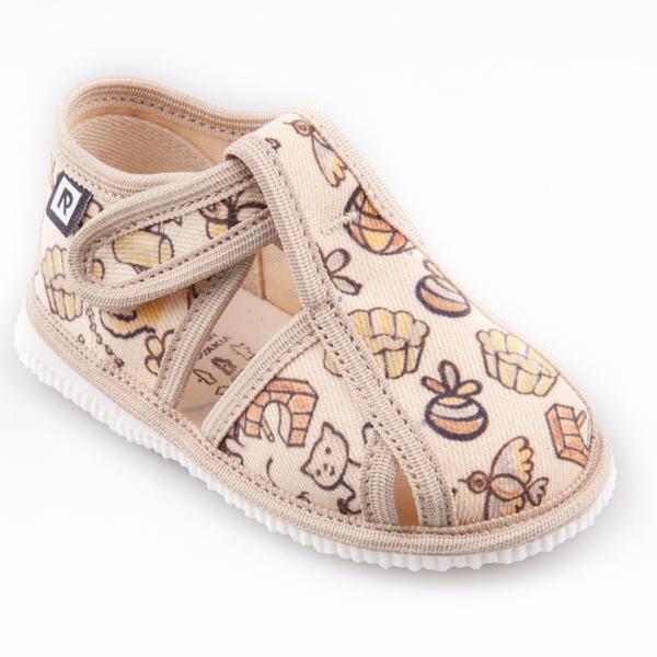 Dětská obuv bačkůrky - s uzavřenou špicí pejsek a kočička natur ... b09f91b1b2