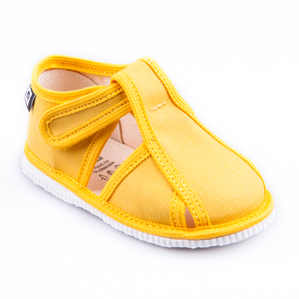 Dětská obuv bačkůrky s uzavřenou špicí žluté - gugenio.cz - dětské ... 449121afb1