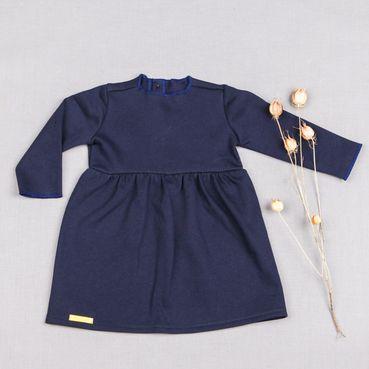 Šaty modré řasené GOTS - zateplené